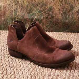Distressed brown ankle boots size 9.5